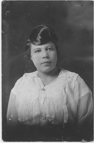 Lillian B. Horace, Young